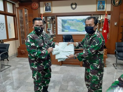 Tim Medis Kodam III/Siliwangi terima bantuan Dansektor 7