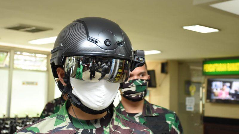 TNI AD Gunakan Helmet Thermal KC Wearable cegah C19