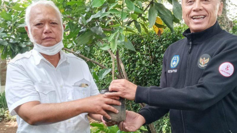 Ketum PSSI dan Ketum Ormas BBC sepakat hijaukan lahan di Jawa Barat